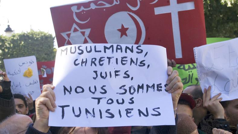 Demonstracja w Tunisie przeciw mordercom polskiego salezjanina i rodzimym islamistom