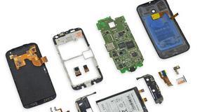 Motorola Moto X rozebrana na części
