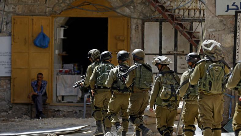 Izraelscy żołnierze na Zachodnim Brzegu Jordanu