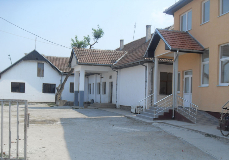 270294_skola-kosovo-os-sveti-sava-klokot