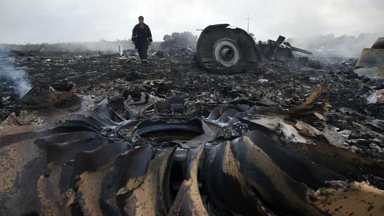 W katastrofie samolotu zginęli wszyscy pasażerowie i cała załoga - łącznie 298 osób
