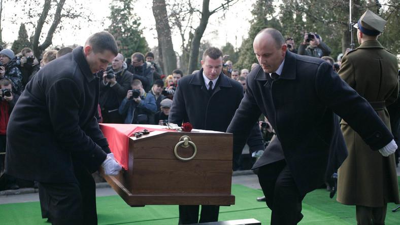 Pogrzeb Zbigniewa Religi odbył się na Powązkach Wojskowych w Warszawie