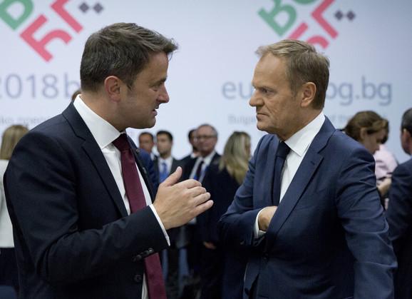 Tusk sa premijerom Luksemburga Ksavijerom Betelom