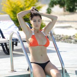 Chloe Goodman w bikini. Celebrytka pręży się przed paparazzi
