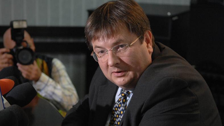 """""""Newsweek"""": Odwołany szef KRUS fałszuje dokumenty"""