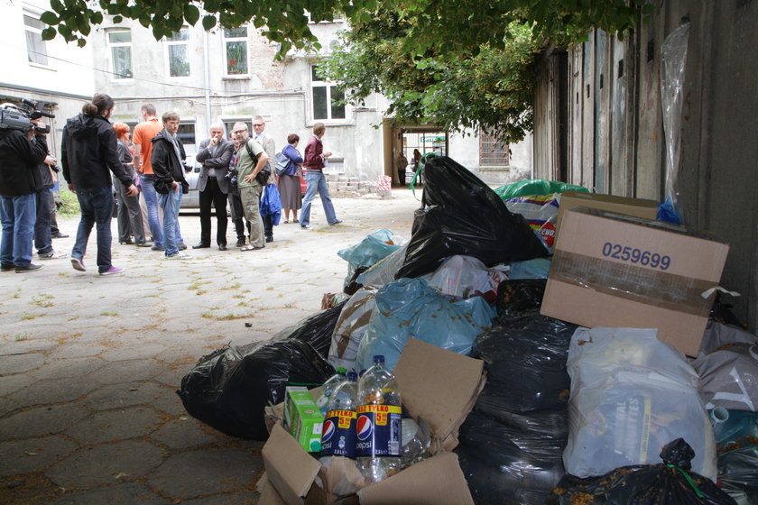 Kontrola wywozu śmieci na Bałutach