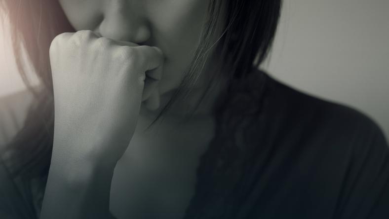 Jeśli nurtuje Cię pytanie: jak przestać się martwić i szukasz skutecznych praktyk i.