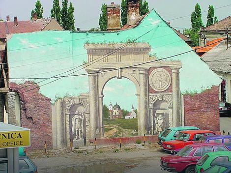 Carski grad Sirmijum je inspiracija za neke murale