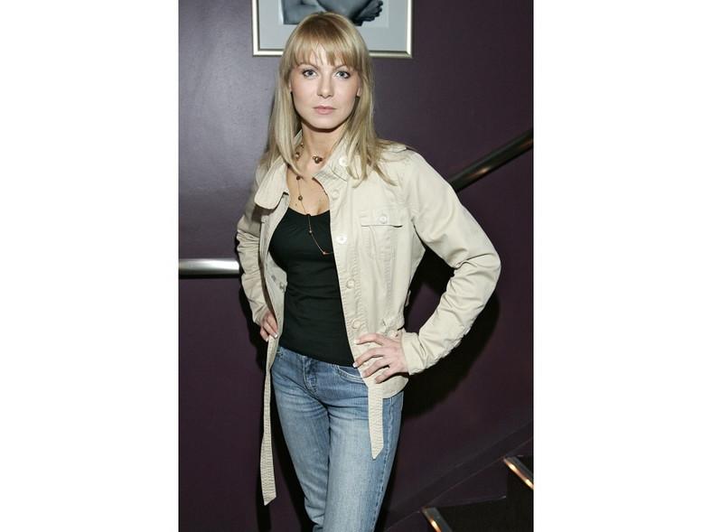"""W 2007 roku Karolina Nowakowska, aktorka znana z serialu """"M jak Miłość"""", wyglądała świeżo i naturalnie."""