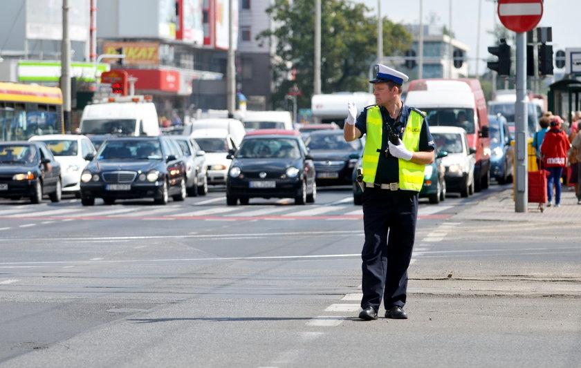Policja pokieruje ruchem
