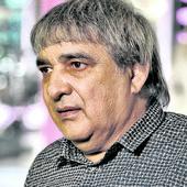"""Darko Lazić ga je nazvao SUJETNIM MATORCEM, Ljuba objavio rat: """"Da se opet rodi neće pevati kao ja"""", a onda potkačio Bekutu i Bosanca"""