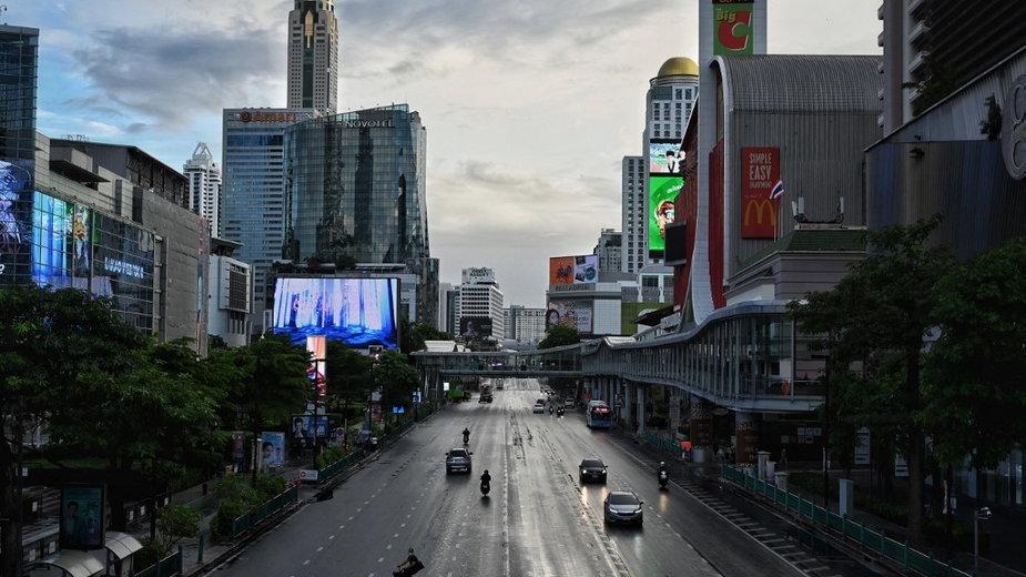 Godzina policyjna w Bangkoku