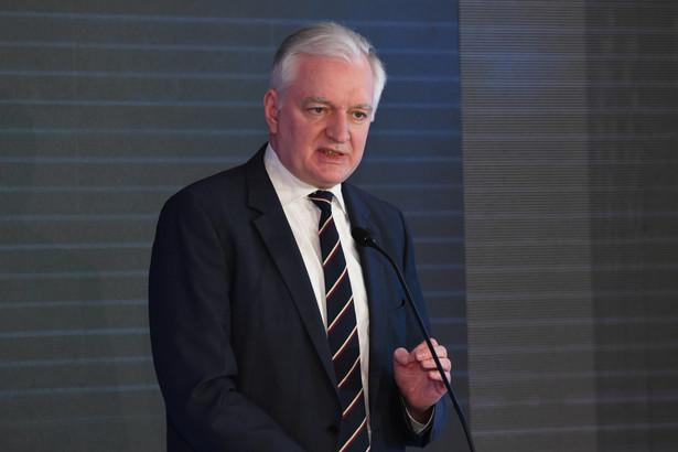 Gowin wezwał Ministerstwo Finansów do wycofania projektu lub jego daleko idącej rewizji