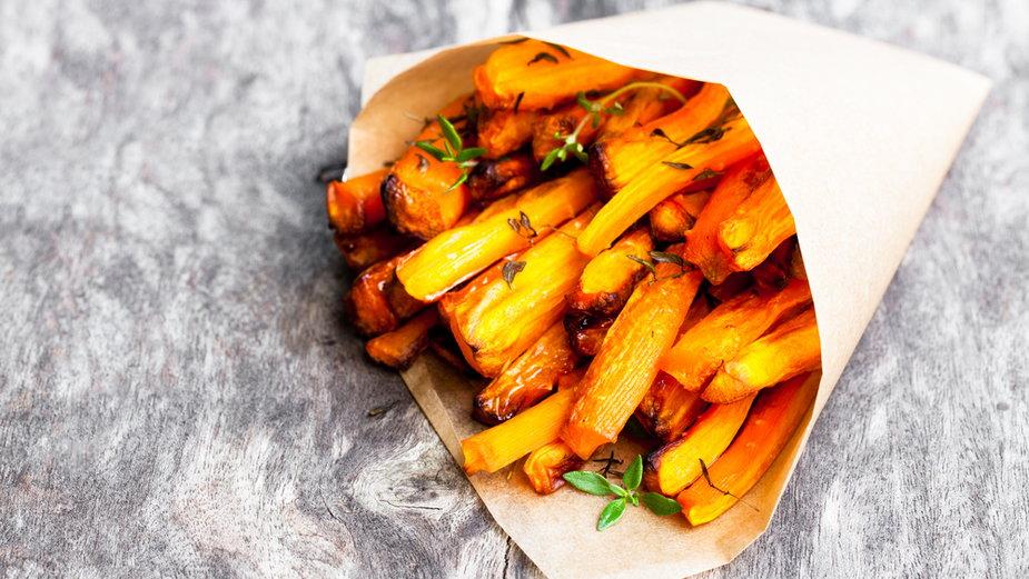 Frytki z marchewki - prosty przepis krok po kroku! (zdjęcie ilustracyjne)