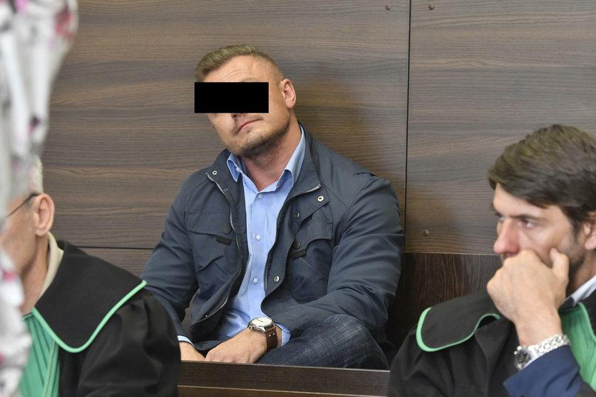 Przed gdańskim sądem ruszył proces trenera oskarżonego o pobicie swojej dziewczyny