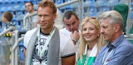 Mąż pięknej prezes Warty obraził piłkarza. Ten domaga się przeprosin i ponad mln zł