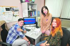 Novi Sad 252 Tijana Prodanovic Jovana petrovic Aleksandra Ciprijanovic istrazivanje gama talasa i zracenja foto Robert Getel