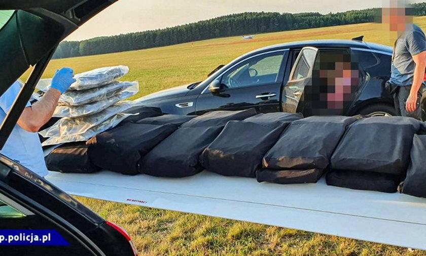 Samolot pełen narkotyków wylądował na lotnisku w Przylepie.
