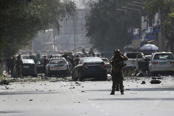 """""""Talibani zauzeli 50 od 370 okruga"""": Dramatično upozorenje specijalne izlaslanice UN za Avganistan"""