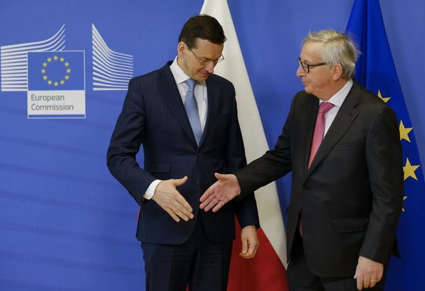 """Ostatnie spotkanie Morawieckiego z Junckerem było """"obiecujące i klimat był bardzo dobry"""""""