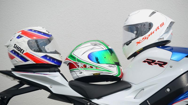 Kaski motocyklowe Shoei X-Spirit I, II, III