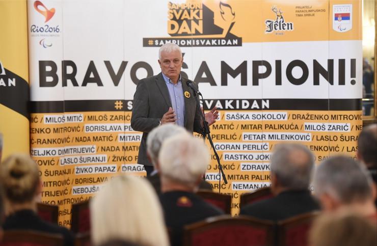 Zoran Mićović
