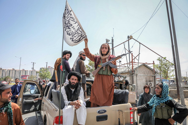 Jak wskazano, talibom wydano rozkaz poszanowania obecności innych państw w Afganistanie.