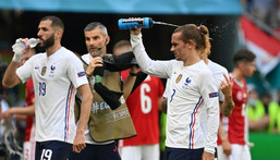 Karim Benzema and Antoine Griezmann struggled in the heat in Budapest as France drew 1-1 with Hungary Creator: TIBOR ILLYES