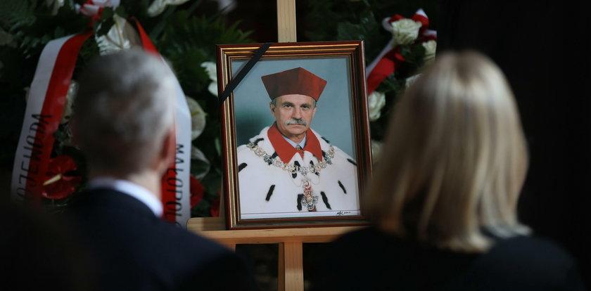 Kraków pożegnał byłego rektora UJ prof. Franciszka Ziejkę