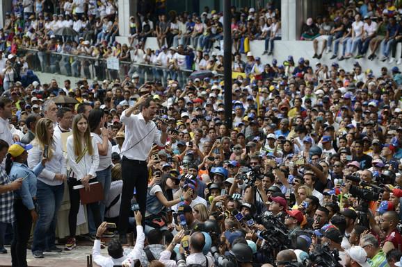 Huan Gvaido na protestu u Karakasu