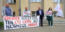 Miał znieważyć prezydenta w Łowiczu. Uniewinniony ponownie stanął przed sądem w Łodzi. Wiemy, kiedy sąd ogłosi wyrok