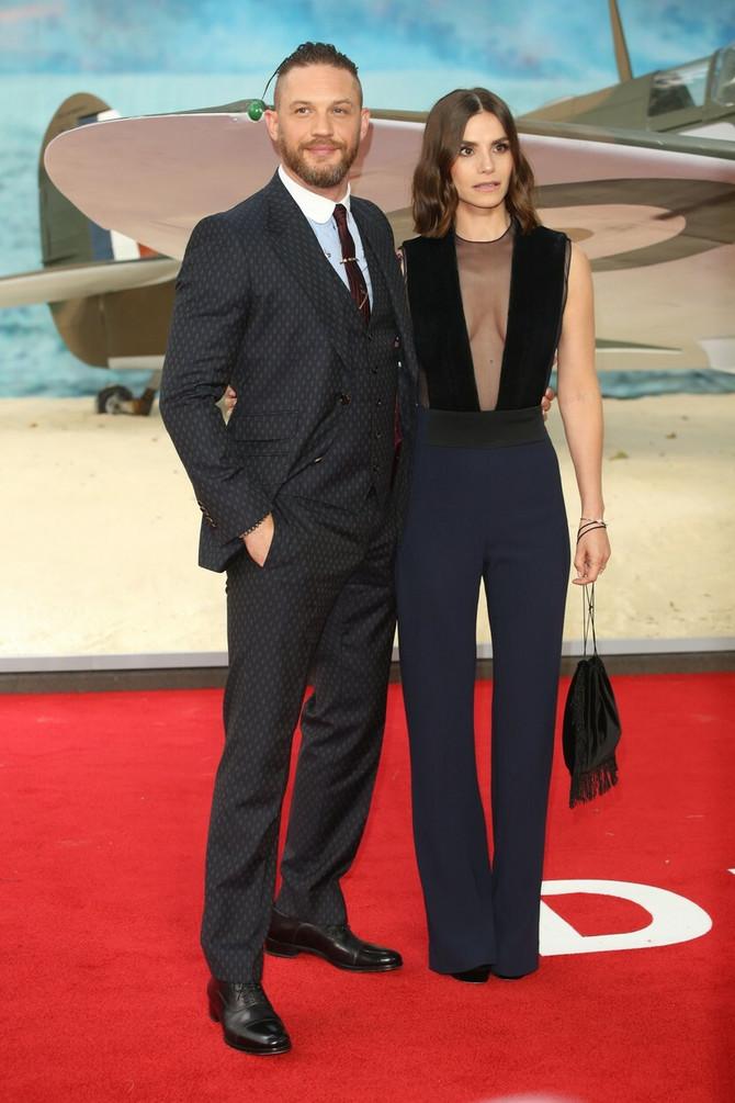 Tom Hardi sa suprugom Šarlot Rajli