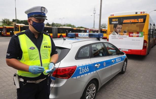 Policja na pętli autobusowej