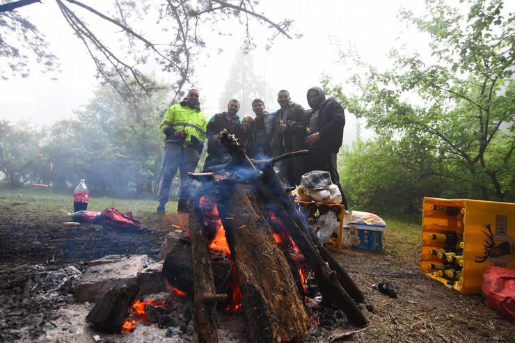 Novi Sad1060 fruska gora prvomajski uranak prvi maj uranak magla  foto Nenad Mihajlovic