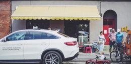 Ktoś ukradł autko małego Czesia. Dealer Mercedesa przyjechał z zastępczym samochodem