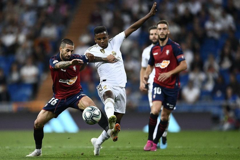 Dziewięćdziesiąt pięć sekund wystarczyło Brazylijczykowi Rodrygo, by zdobyć bramkę w debiucie w Realu Madryt z Osasuną