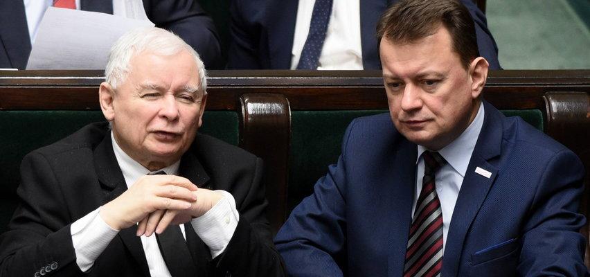 Kaczyński i Błaszczak mają plan na  obronę ojczyzny. Szczegóły we wtorek