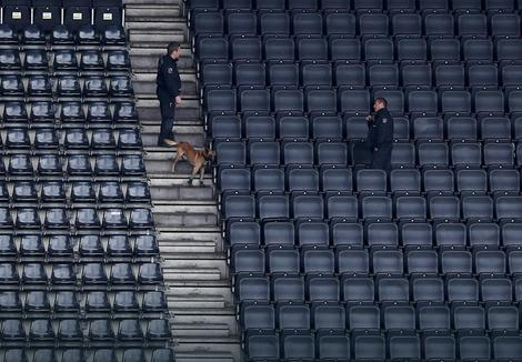 Policija sa psima pretražuje stadion Borusije pred meč sa Monakom