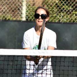 Natalie Portman w dresie. Aż trudno ją rozpoznać