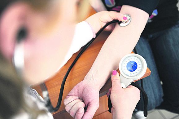 Najbolje je da vam pritisak meri lekar