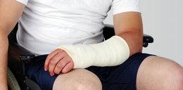 Złamał rękę w sklepie. Czy należy mu sięodszkodowanie?