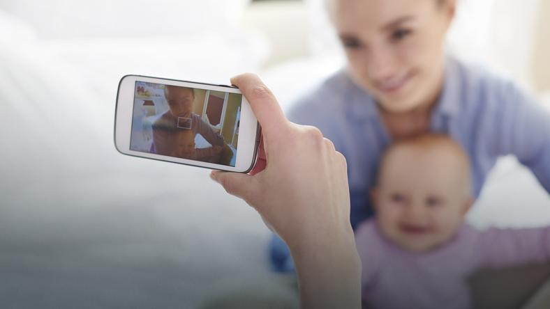 Publikowanie zdjęć dzieci w internecie - gdzie jest granica intymności?