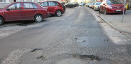 Mróz rozsadza asfalt w Gdańsku