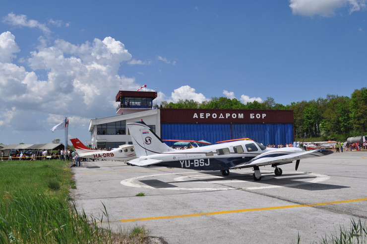Aerodrom Bor