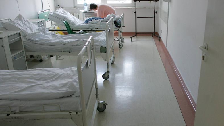 Ośmiolatka chora na A/H1N1 walczy o życie