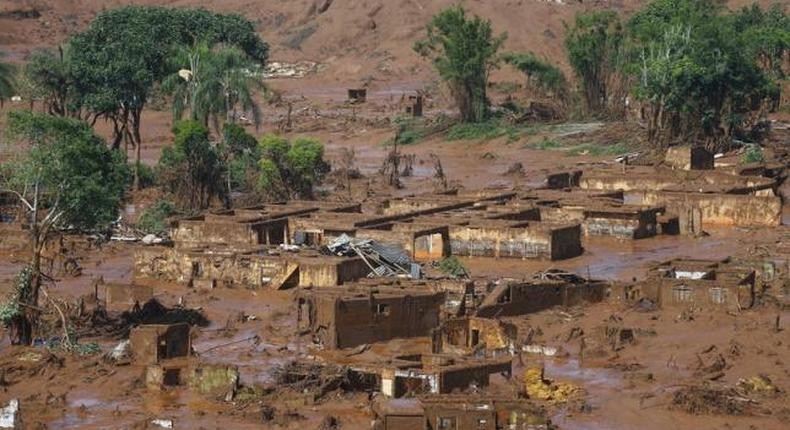 Mud from Brazil dam burst is toxic, UN says