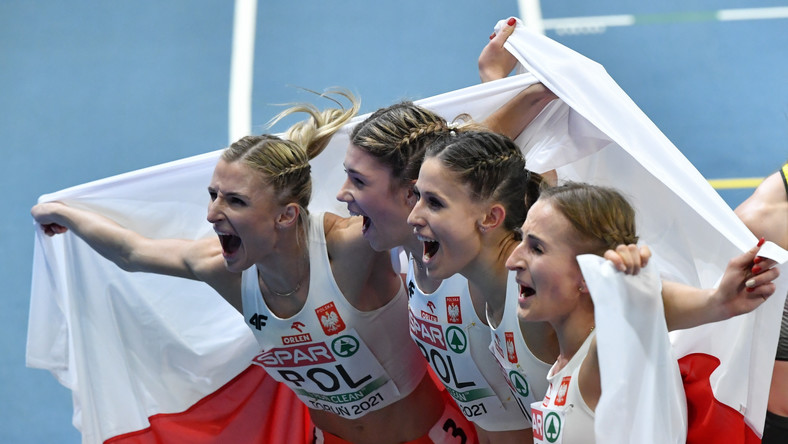 Polki zdobyły brązowy medal w finale sztafety 4x400m kobiet na lekkoatletycznych halowych mistrzostwach Europy w Toruniu