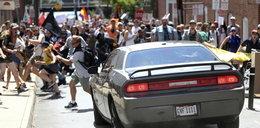 Atak w USA. Samochód wjechał w tłum. Jedna osoba nie żyje, są ranni
