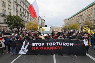 'Stop torturom na granicy'.Marsze solidarności z uchodźcami w Warszawie i Krakowie