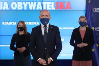 Solidarna Polska i Platforma straciły na walce z funduszem [SONDAŻ]